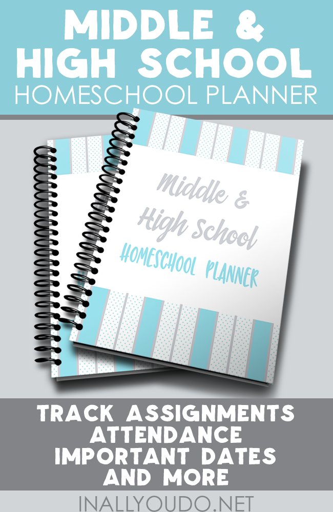 Help your Middle & High Schooler stay organized this year with this LIMITED TIME FREEBIE Homeschool Planner! Offer ends 8.24.17 :: www.thriftyhomeschoolers.com
