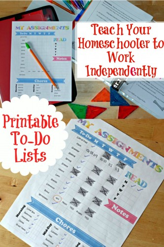 Want to help your homeschooler learn how to be more responsible and do their schoolwork more independently? Grab this free printable To-Do Checklist. :: www.thriftyhomeschoolers.com