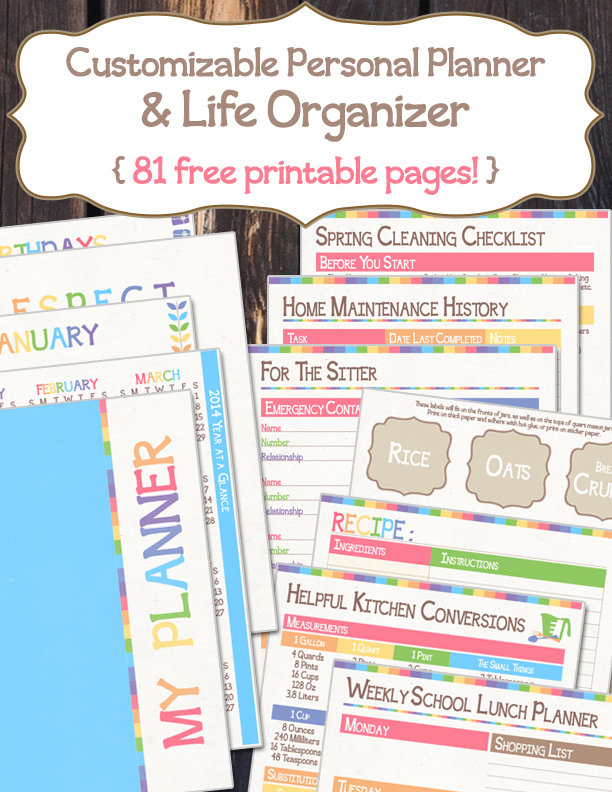 I have so many other things to keep track of that my phone would probably blow up if I added everything. Which is why I love having a paper planner to look at. This one is FREE & Customizable! :: www.thriftyhomeschoolers.com